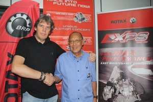 Ton Keobolt with James Leong