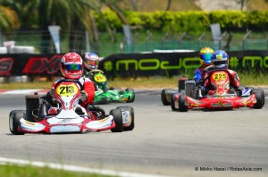Calvin Wong leads Izzat Hanif, Julio Prost, and Silvano Christian in the Senior Final